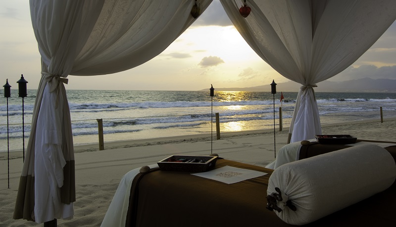 Bett am Strand