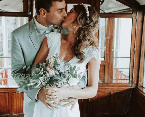 Braut-und-Braeutigam-auf-der-Hochzeit