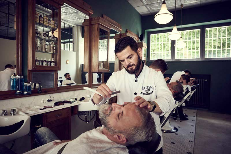 Braeutigam-Guide-Muenchen-Styling-Barber-House-2-7