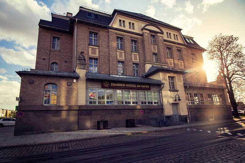 braeutigam-guide-berlin-geschenke-zigarren-herzog_1-1