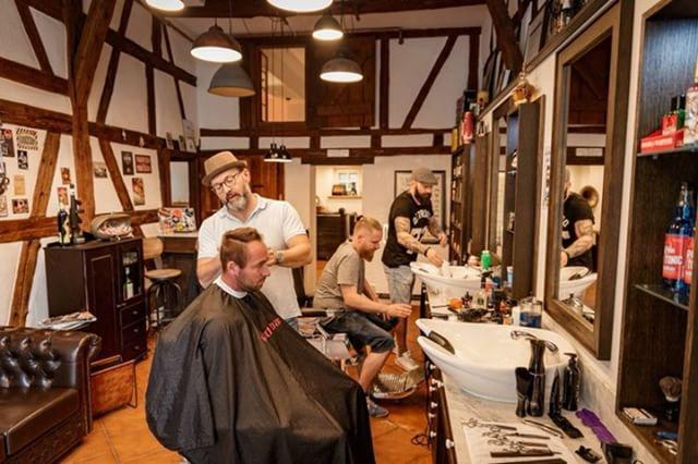 braeutigam-guide-stuttgart-hairstyling-rockabillys-and-gents-5-1