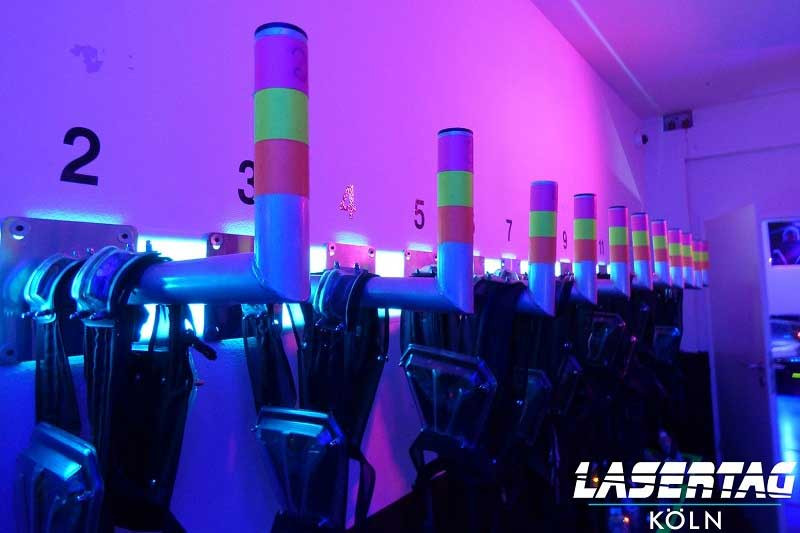 Braeutigam-Guide-Koeln-Junggesellenabschied-LaserTag