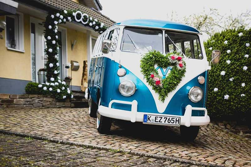 Braeutigam-Guide-Koeln-Hochzeitsauto-Oldtimervermietung-Koeln_1