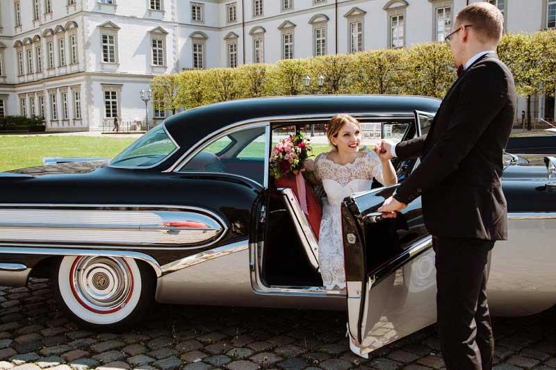 Braeutigam-Guide-Koeln-Hochzeitsauto-Oldtimervermietung-Koeln_4