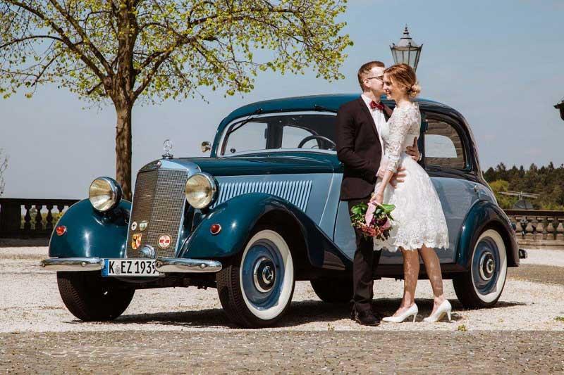 Braeutigam-Guide-Koeln-Hochzeitsauto-Oldtimervermietung-Koeln_5